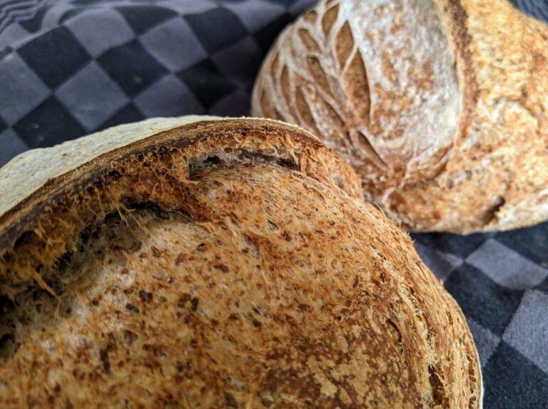 Hoe bewaar je het brood na het bakken?