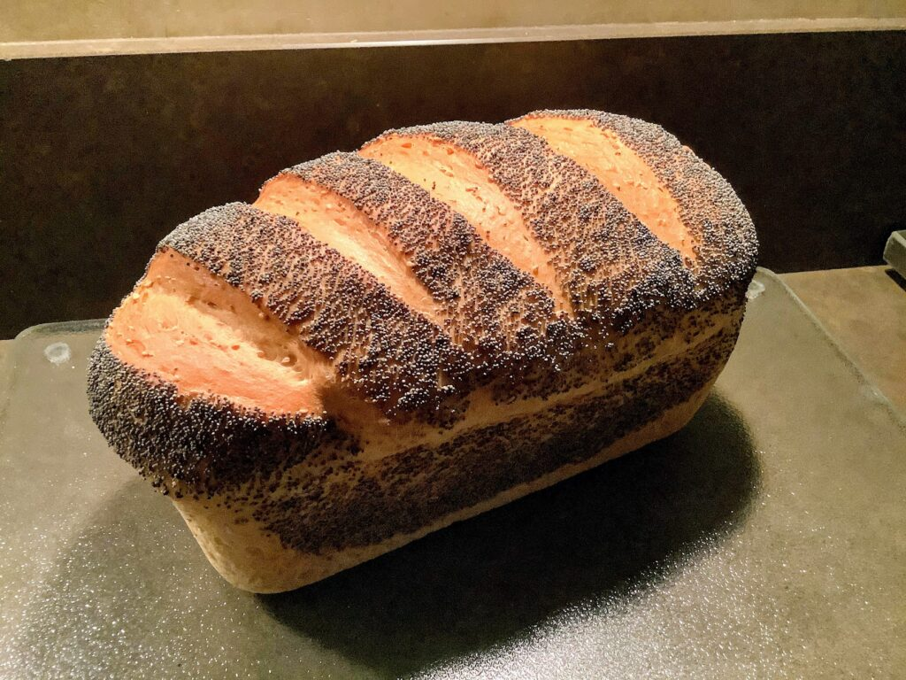 Waar laat je brood rijzen - Een brood gerezen op kamertemperatuur