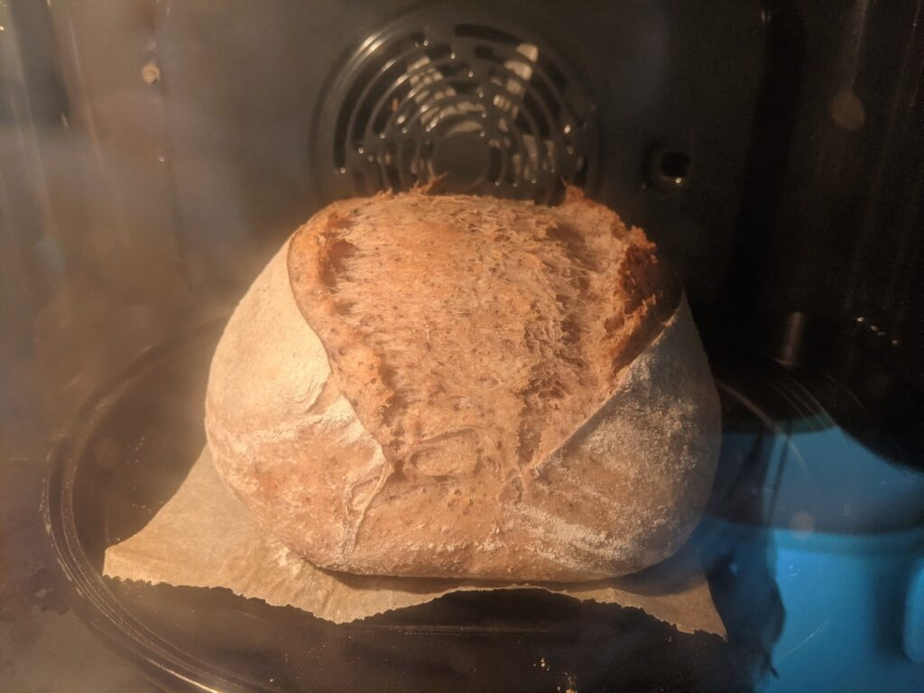 Resultaat van het niet kneden brood 2